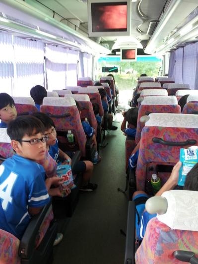 20120805合宿バス.jpg