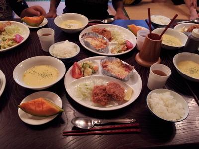 20120806合宿二日目夕食.jpg